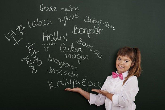 Lợi ích và khó khăn khi dạy trẻ biết nhiều ngoại ngữ