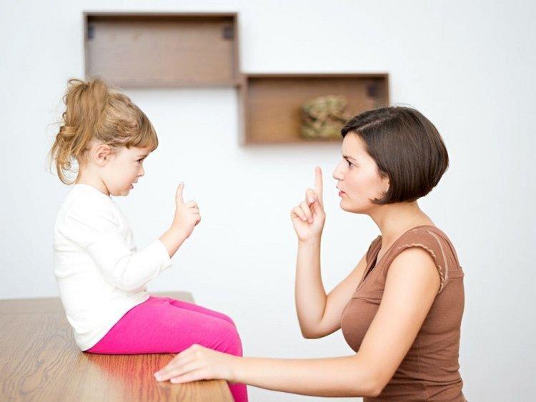 Việc trẻ nổi nóng của cho thấy tốc độ phát triển não bộ của trẻ.