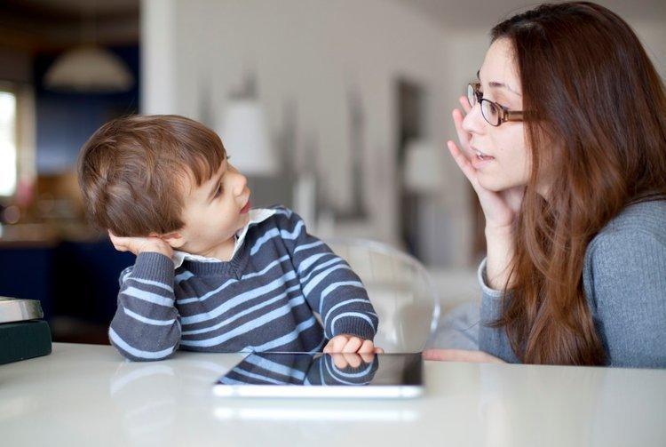 Trẻ được áp dụng giáo dục sớm sẽ giảm thiểu nhiều rủi ro về thể chất và tinh thần.