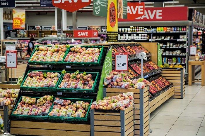 Đi siêu thị giúp trẻ tăng cường nhận thức.