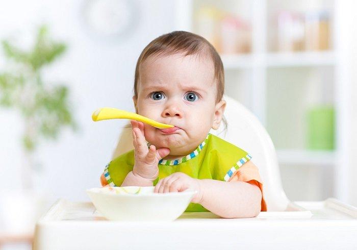 Mỗi bữa ăn là cơ hội để bé nâng cao nhận thức.