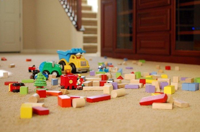 đồ chơi để trên sàn nhà, Phat Trien Ky Nang Ke Chuyen 2