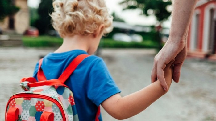 Bệnh tự kỷ ở trẻ em ảnh hưởng đến quá trình phát triển của trẻ.