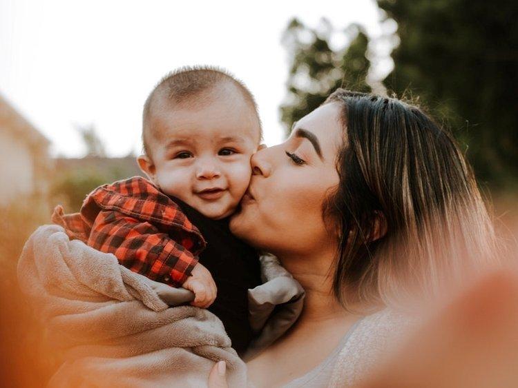 Bố mẹ hãy để bé trải nghiệm cuộc sống nhiều hơn