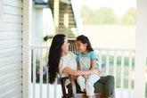 Trẻ mẫu giáo bị bắt nạt (phần 2): Bố mẹ nên có những hành động gì?