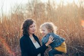 Phát triển ngôn ngữ ở trẻ 2-3 tuổi: Những cột mốc quan trọng