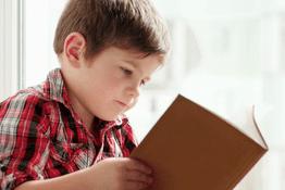 Khả năng đọc sách sớm của bé phát triển như thế nào?