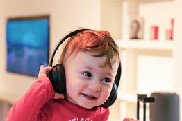 Lợi ích của âm nhạc đối với trẻ nhỏ và các cách cho trẻ tiếp cận âm nhạc