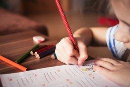 5 điều bố mẹ nên làm khi dạy trẻ tập viết