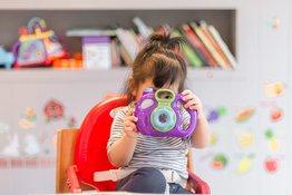 5 trò chơi đơn giản giúp bé 0-1 tuổi phát triển đa giác quan