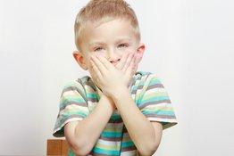 Bố mẹ nên làm gì nếu trẻ bị nói lắp?