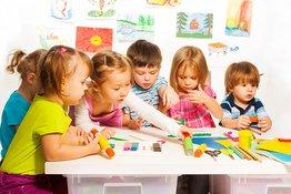 7 câu hỏi bố mẹ nên đặt ra trước khi quyết định cho trẻ đi mẫu giáo