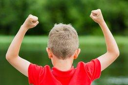 Những cách để bố mẹ xây dựng lòng tự trọng của trẻ (Phần 1)