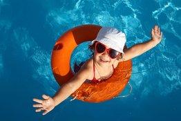 Những lưu ý về an toàn khi cho trẻ tập bơi theo từng độ tuổi