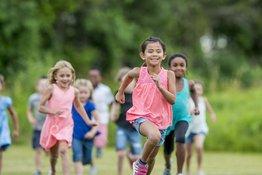 Khi nào thì trẻ có thể bắt đầu chơi thể thao?