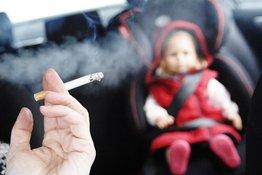 Trẻ hít phải khói thuốc lá sẽ dễ bị dị ứng thực phẩm?