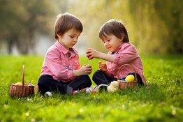 Trẻ sẽ hạnh phúc hơn khi biết chia sẻ với người khác