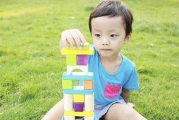 Âm ngữ trị liệu cho trẻ tự kỷ: Các phương pháp giao tiếp tăng cường