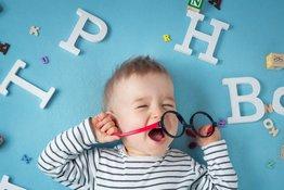6 cách hỗ trợ bé học ngoại ngữ ngay cả khi bố mẹ không giỏi ngoại ngữ