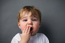 Bé bị sâu răng sữa: Chuyện thường hay chuyện cần quan tâm ngay?