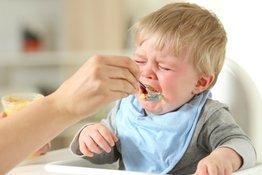 Trẻ 8 tháng biếng ăn phải làm sao?