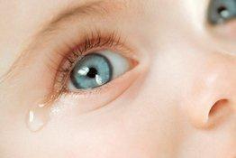 Tắc tuyến lệ ở trẻ sơ sinh: Nguyên nhân, dấu hiệu và cách điều trị