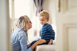 Giáo dục giới tính cho trẻ: 10 nguyên tắc bố mẹ cần thuộc nằm lòng!