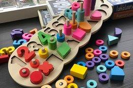 Những cách làm đồ chơi theo phương pháp Montessori đơn giản