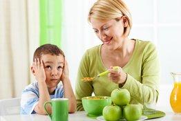 5 tuyệt chiêu giúp cải thiện tình trạng trẻ hay ăn ngậm