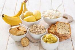 Bố mẹ nên lựa chọn thức ăn cho trẻ bị tiêu chảy như thế nào?