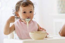 Rèn nết ăn uống cho trẻ thế nào để trẻ lớn khôn, trưởng thành