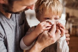 Các bệnh mùa hè thường gặp ở trẻ và bí quyết phòng ngừa hiệu quả
