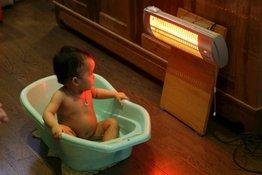 7 tác hại khi dùng máy sưởi cho trẻ sơ sinh