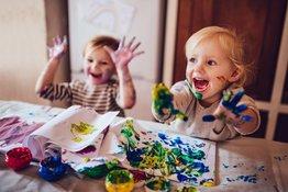 Gợi ý các hoạt động vui chơi giúp trẻ phát triển cảm xúc