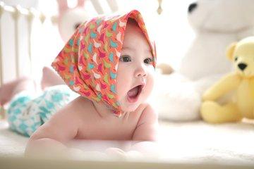 10 cách giúp tăng cường trí nhớ cho bé 0-1 tuổi