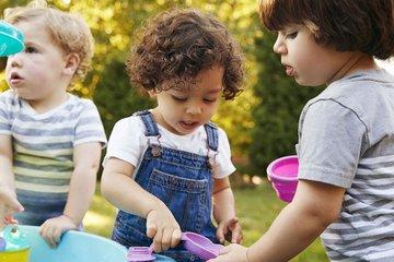 Giải mã 4 kiểu ngôn ngữ cơ thể phổ biến của trẻ 1-3 tuổi