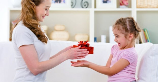 Khích lệ và tặng phần thưởng cho trẻ: Làm sao cho đúng? | ODPHUB