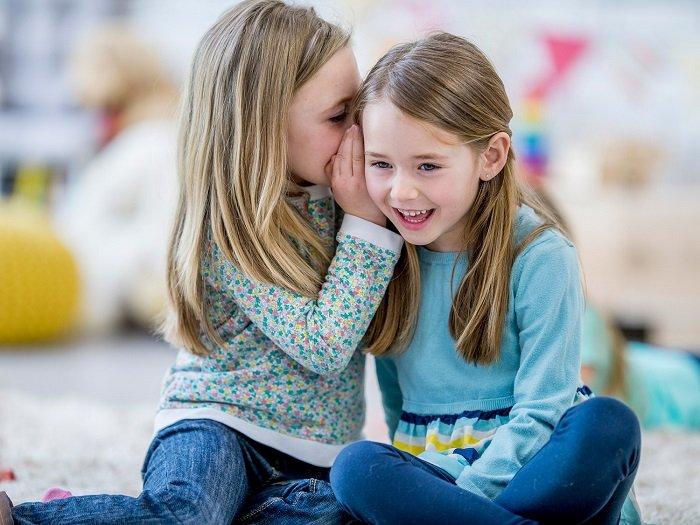 Trẻ dễ tính phản ứng với thế giới xung quanh với một thái độ nhẹ nhàng
