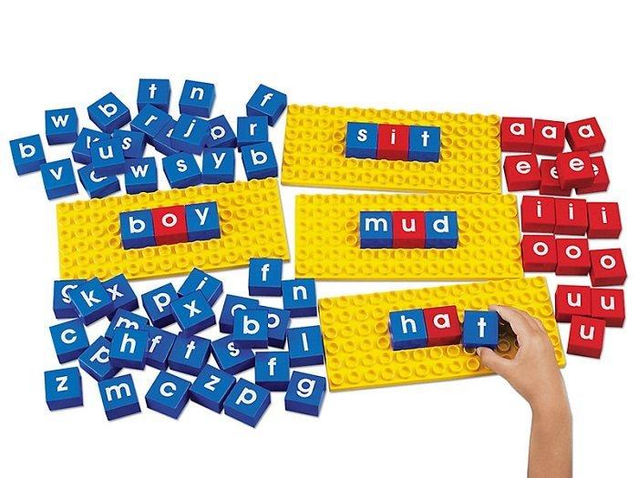 trò ghép chữ, cách dạy song ngữ cho bé