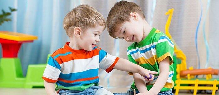 âm ngữ trị liệu cho trẻ tự kỷ