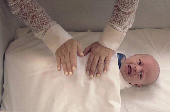 Ru trẻ ngủ say