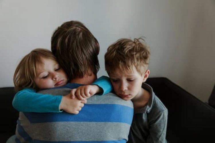 Mẹ giúp trẻ hay cáu giận kiểm soát bản thân và giúp chính mình tìm lại bình yên trong tâm hồn