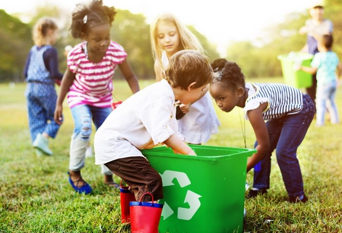 trẻ bảo vệ môi trường