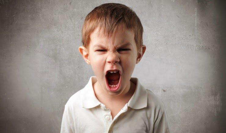 trẻ tăng động cáu giận