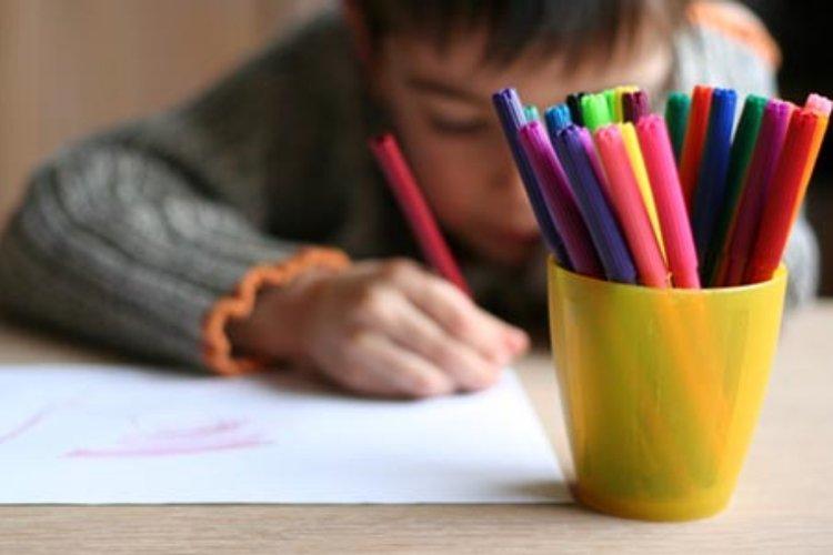 điểm mạnh của trẻ bao gồm cả lĩnh vực nghệ thuật, thể thao, tình cảm, và nhiều khả năng đặc biệt khác