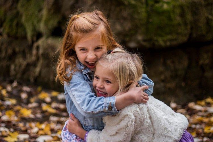 điểm mạnh của trẻ về mặt cảm xúc và kết nối xã hội giúp trẻ tạo dựng được những mối quan hệ bền vững và chất lượng