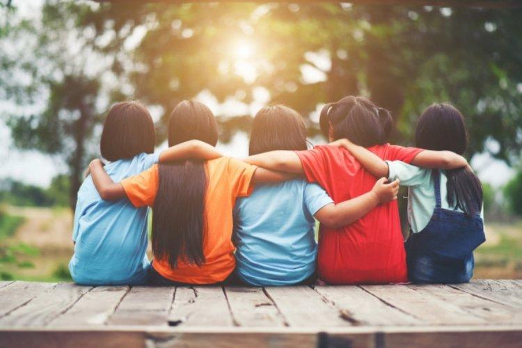 điểm mạnh của trẻ về tính cách chính là sự tử tế, lòng trung thành, tính kiên nhẫn, thái độ trung thực