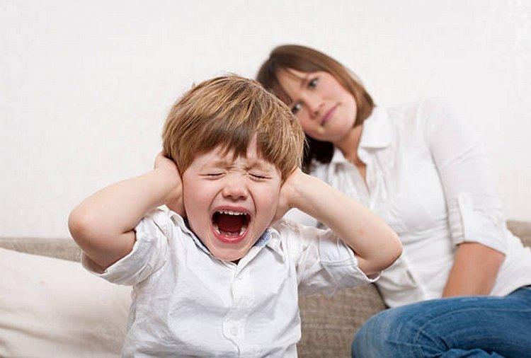 Trẻ 4 tuổi không nghe lời