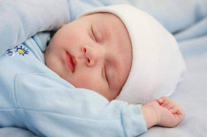 tập cho bé 4 tháng tự ngủ