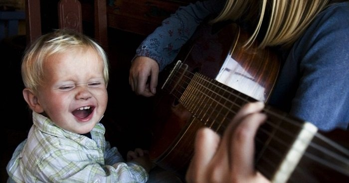 hát cho bé nghe